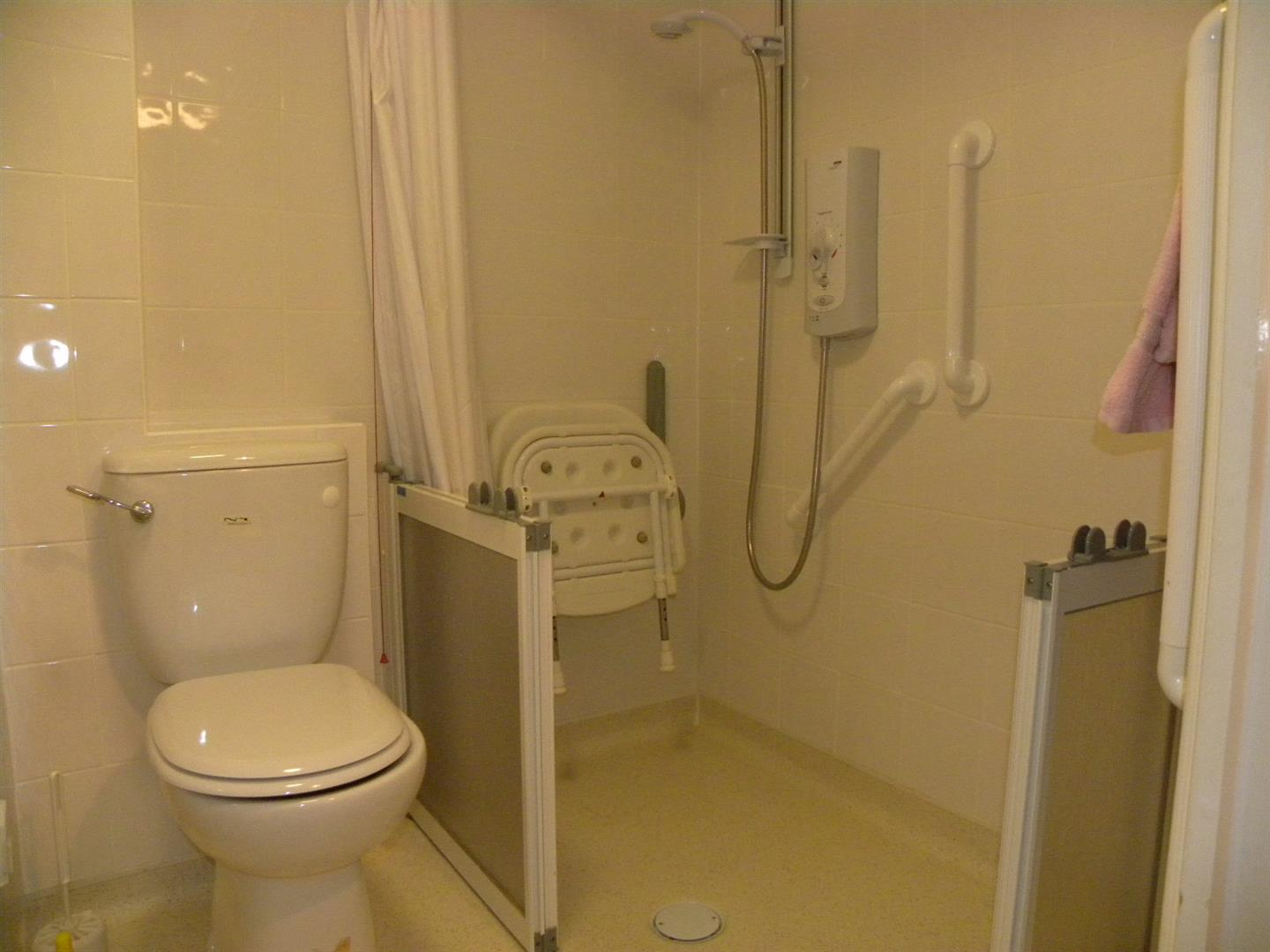 Fully Accessible Wet Room