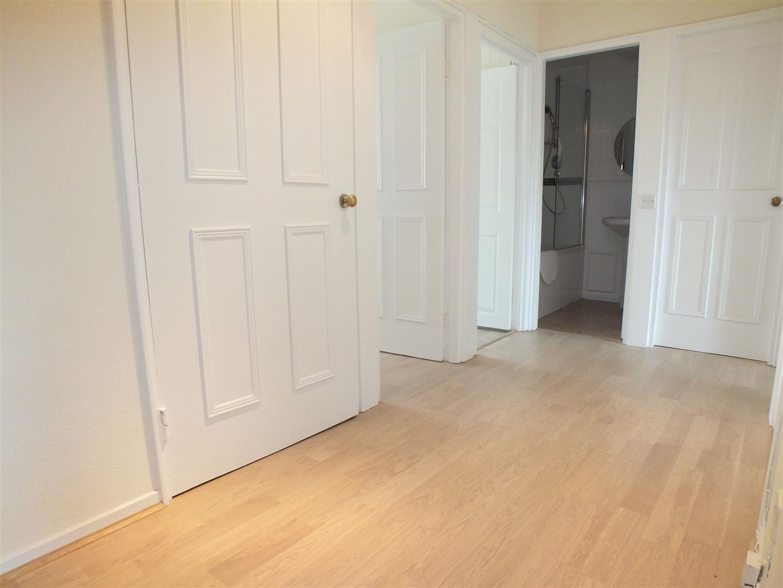Hallway from Front Door.jpg