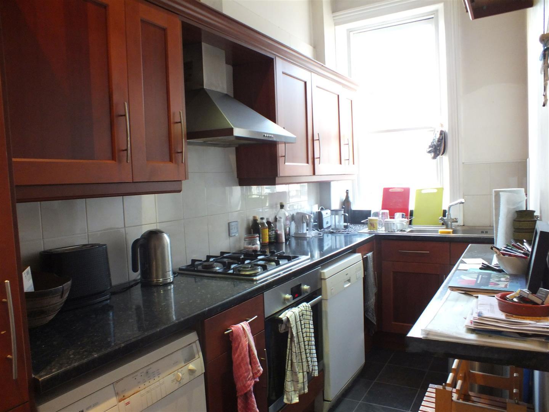 present kitchen.jpg