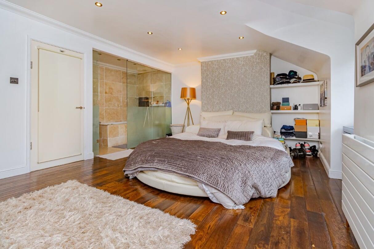 main bedroom 4.jpg