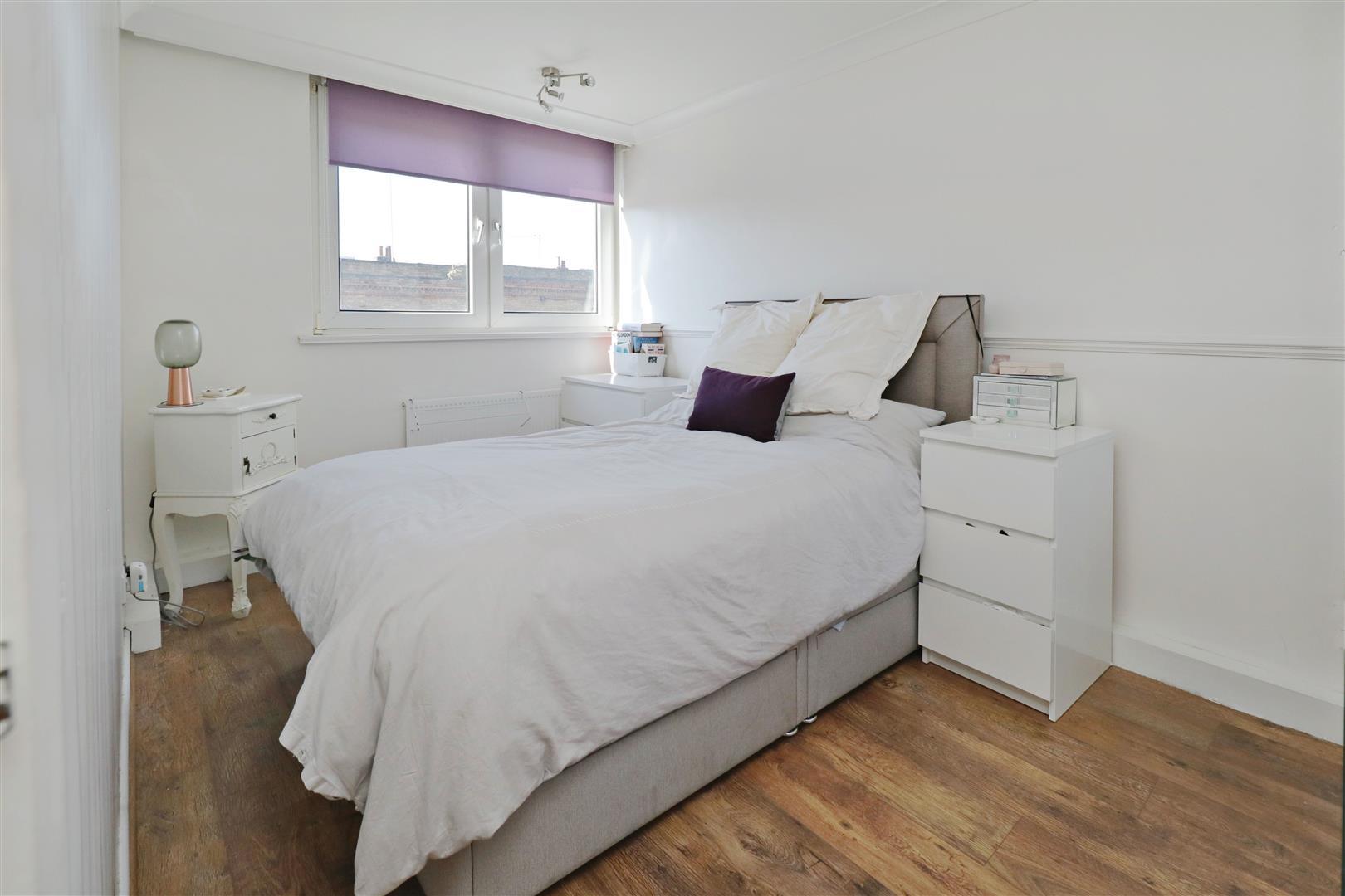 main bed furn.jpg